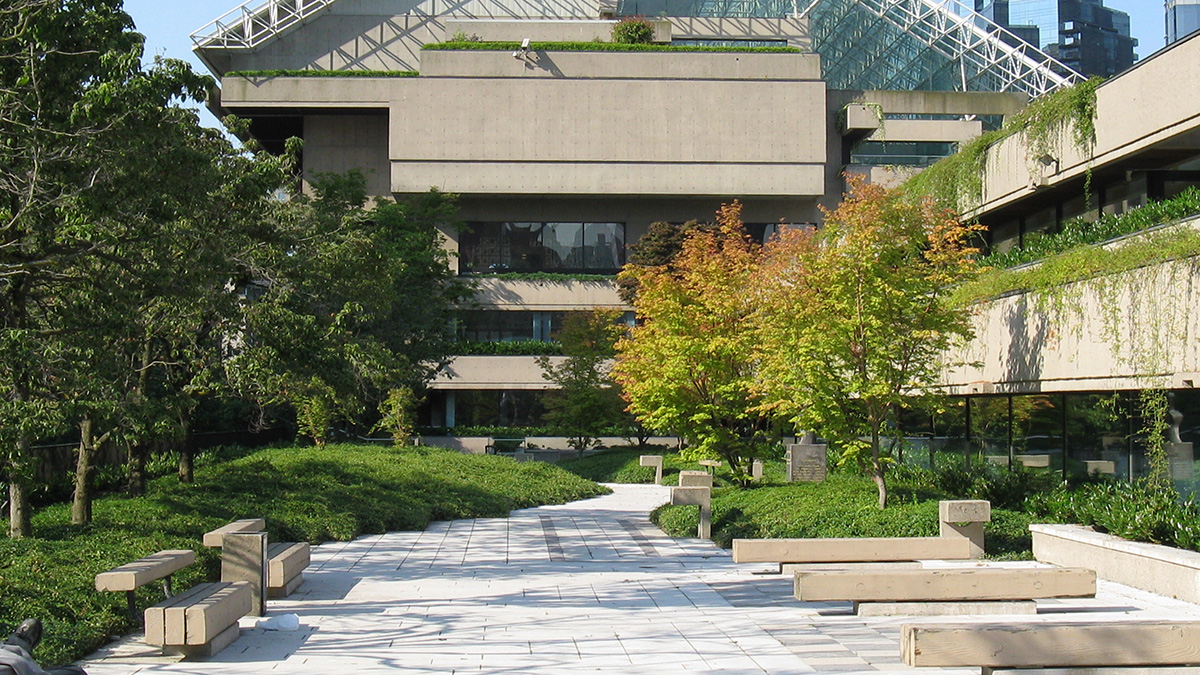 CA_Vancouver_RobsonSquare_byCharlesABirnbaum_2008_316_sig_001.jpg