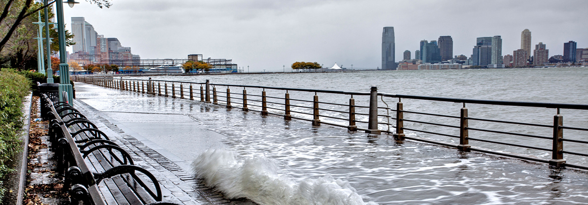 CourageousByDesign-www.carbonbrief.orgflooding-battery-park-ny_Hero.jpg