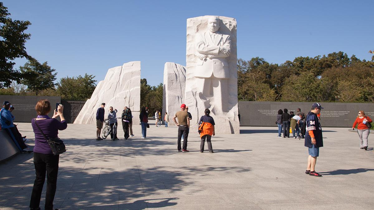 DC_MLKMemorial_NormanMaddeaux_2013_Flickr_sig_003.jpg