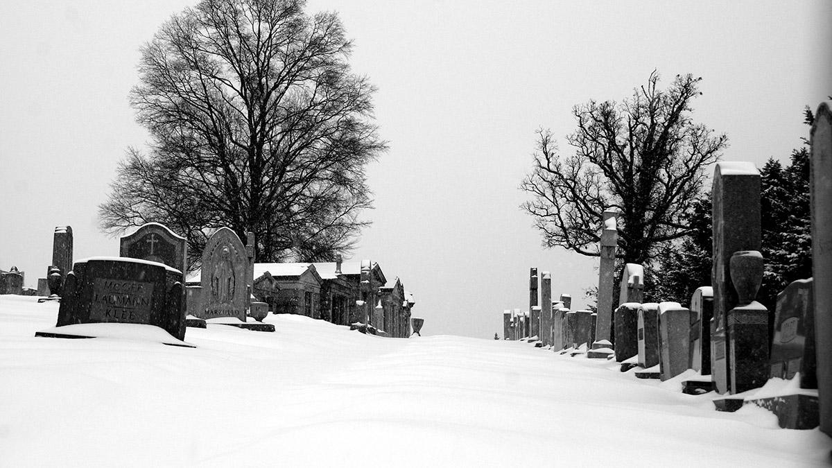 DC_Mount Olivet Cemetery_BeyondDC_2015_sig_.jpg