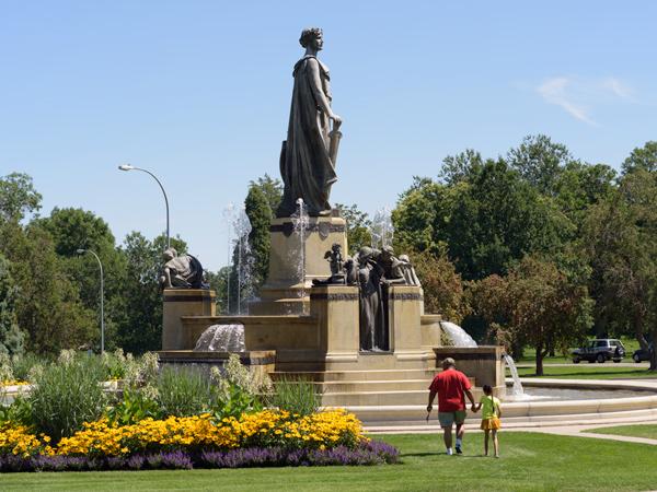 Denver_Park_and_Parkway_System_Brian_Thomson2014.jpg