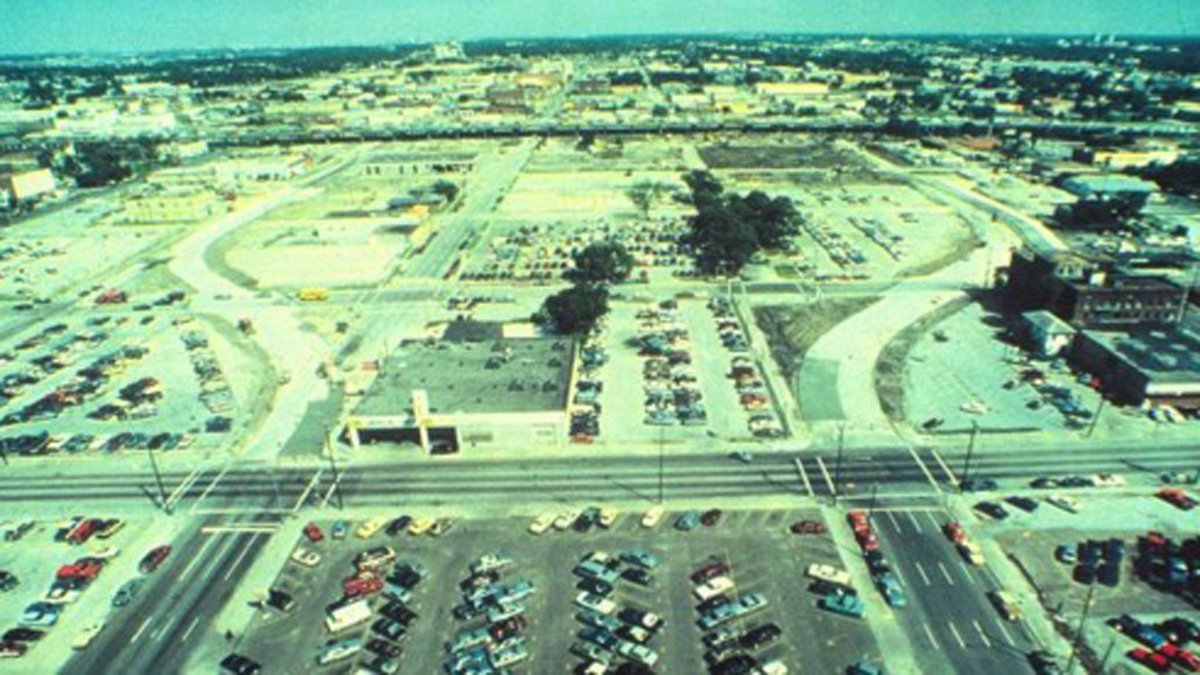 DiscoveryGreen-before_feature.jpg