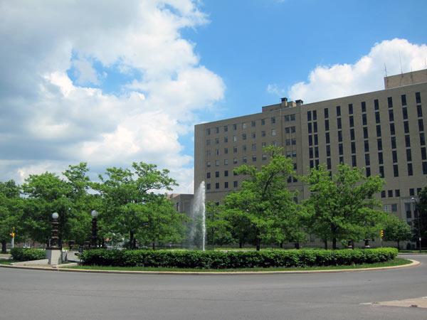 GatesCircle6-NY-CB-2012.jpg