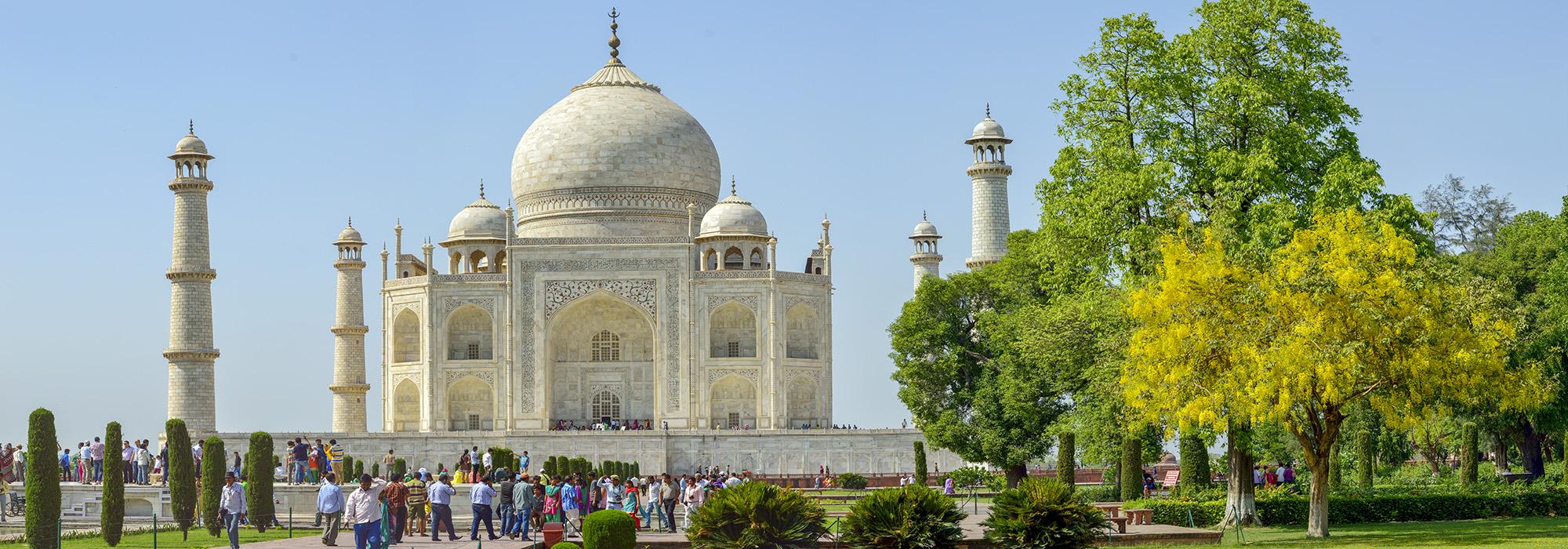 India_Agra_TajMahal_WikimediaCommons_2014_Hero.jpg