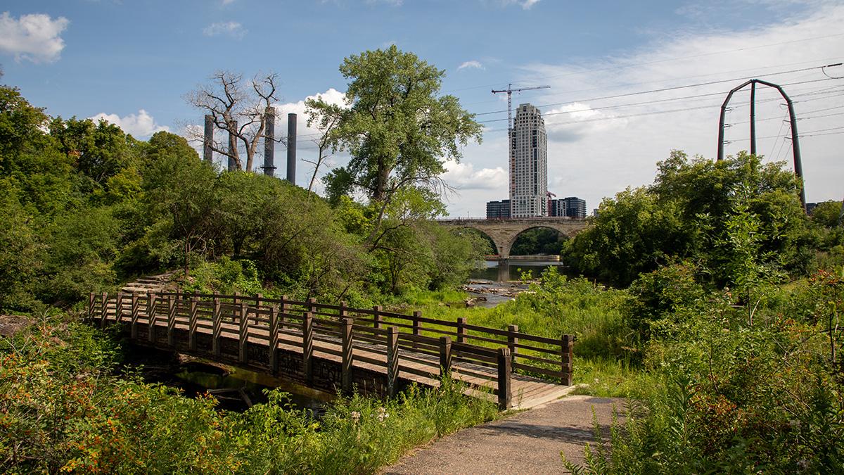 MN_Minneapolis_FatherHennepinBluffPark_byBarrettDoherty_2021_015_sig_008.JPG