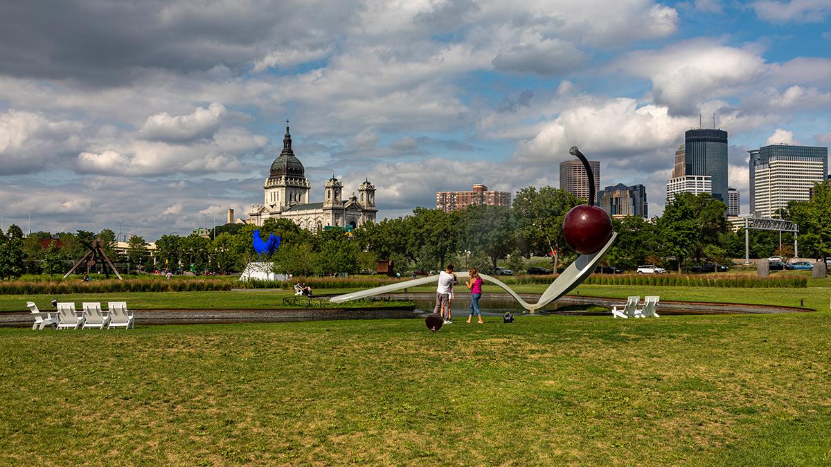 MN_Minneapolis_MinneapolisSculptureGarden_byBarrettDoherty_2021_019_sig_008.JPG
