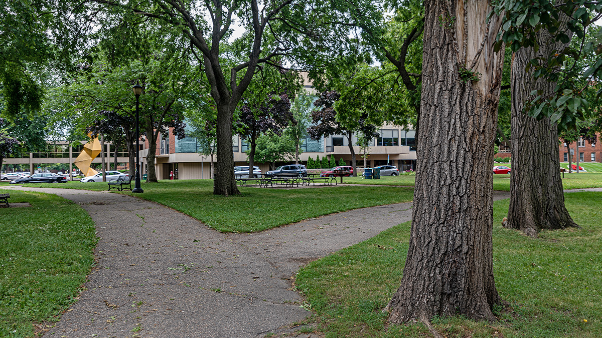 MN_Minneapolis_MurphySquare_byBarrettDoherty_2021_007_sig_006.jpg