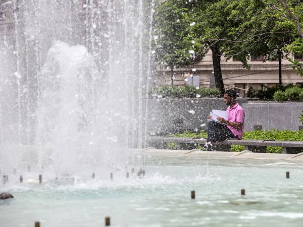 MellonSquare2014_5_John-Altdorfer_Pittsburgh-Parks-Conservancy2014.jpg