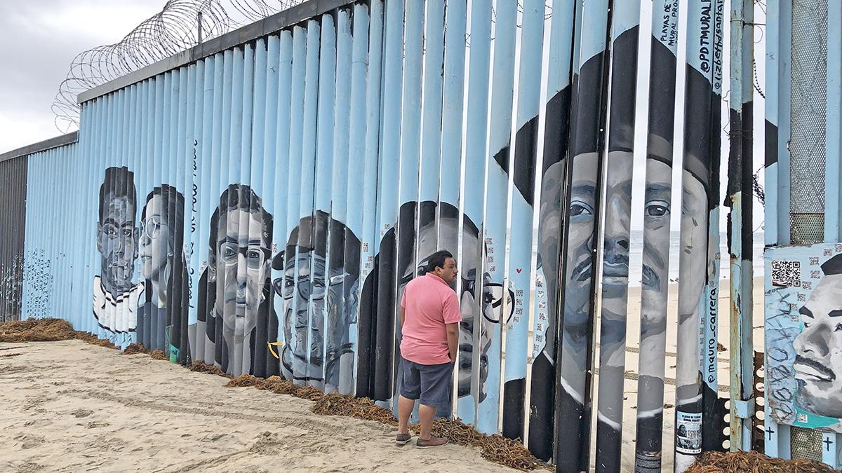 Mexico_Tijuana_FriendshipPark_byMichelleLandis_2019_026_sig.jpg
