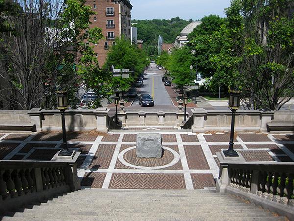 Monument-Terrace-Brian-Katen-2015-5.jpg