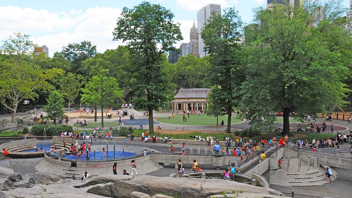 NY_NYC_CentralPark_63rdStreetHeckscherPlayground_01_CourtesyCPC_2010_sig.jpg