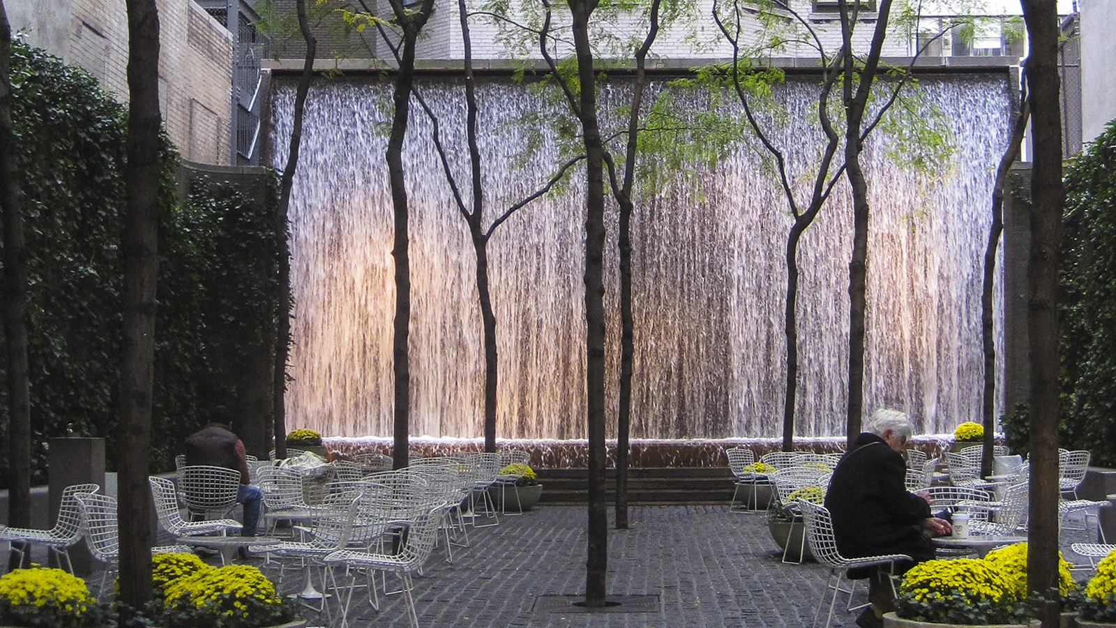 NY_NYC_PaleyPark_03_CharlesBirnbaum_2010_Signature.jpg
