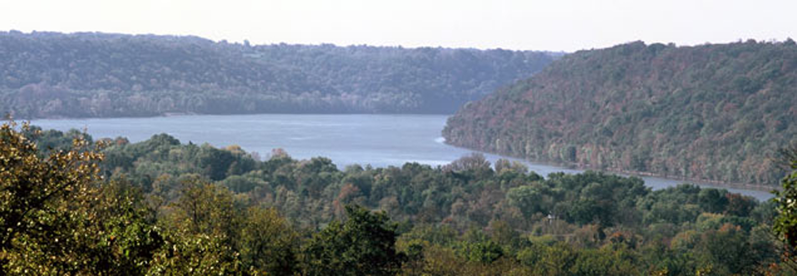 Ohio-River-Bend-James-Archambeault-banner-1600.jpg