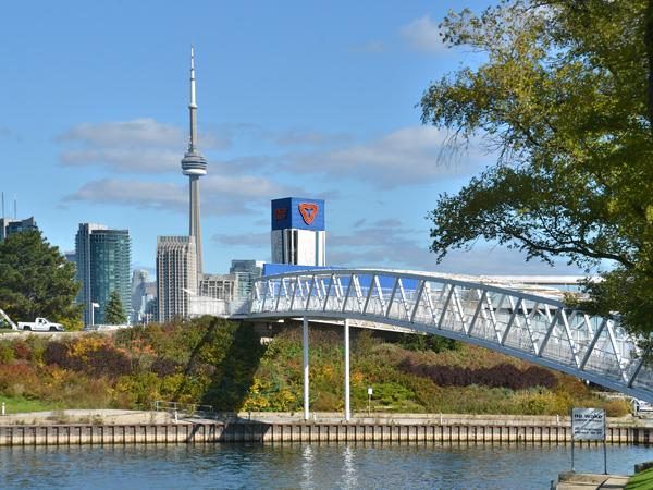 OntarioPlace_11_NicolaBetts_2014.jpg