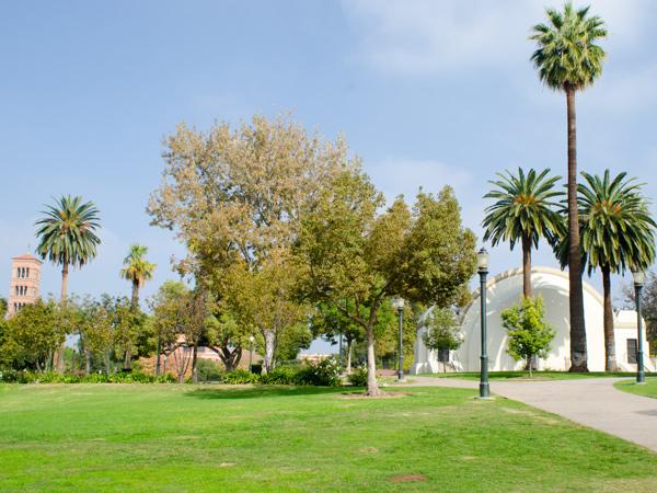 Pasadena_Memorial_Park-Matthew_Traucht2014-1.jpg