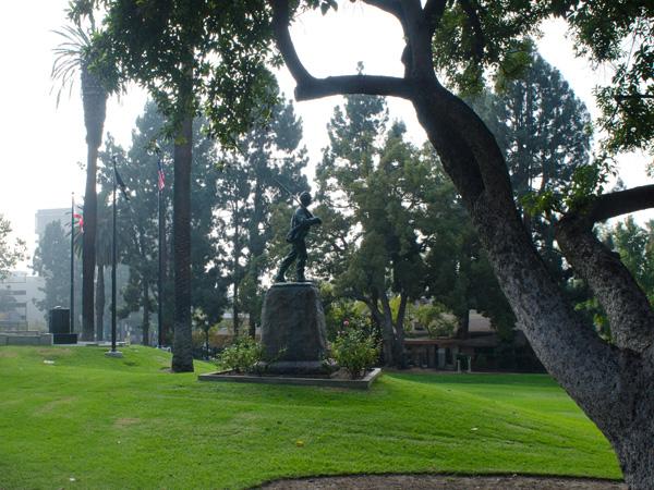 Pasadena_Memorial_Park-Matthew_Traucht2014-3.jpg