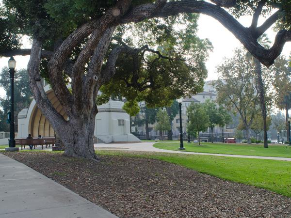 Pasadena_Memorial_Park-Matthew_Traucht2014-5.jpg