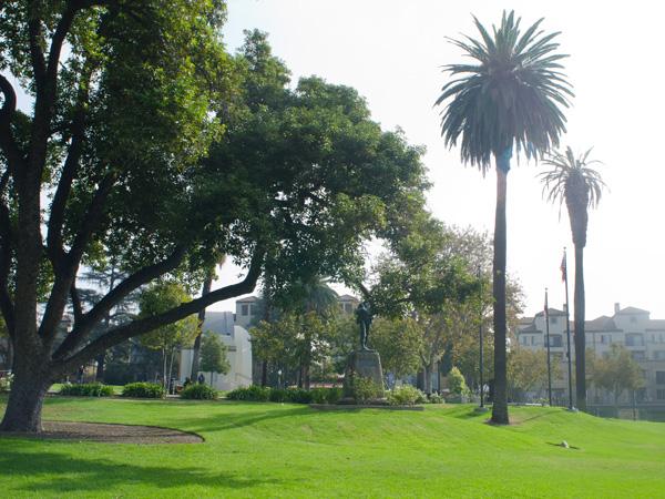Pasadena_Memorial_Park-Matthew_Traucht2014-6.jpg