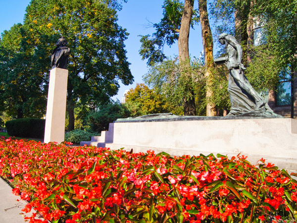QueensPark_04_courtesyRyersonUniversity.jpg