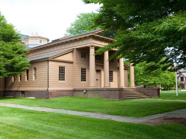Redwood_Library_Athenaeum1_courtesy_Redwood_Library_Athenaeum.jpg
