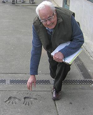 Rich_Haag_Sidewalk_inline_cropped_300.jpg