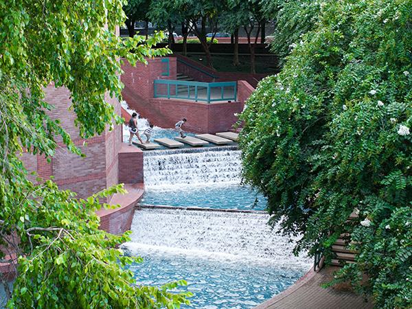 Sesquicentennial-Park-1-NatalieKeeton-courtesyLauren-Griffith.jpg