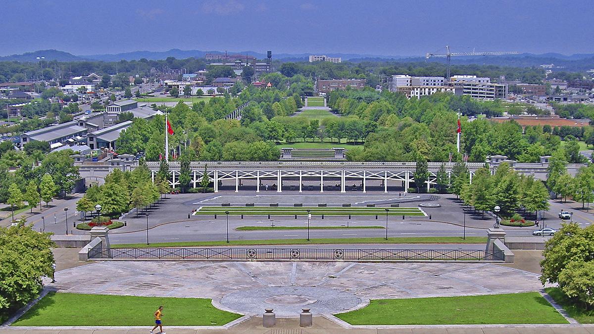 TN_Nashville_BicentennialCapitolMallStatePark_courtesyRonCogswell-Flickr_2010_001_sig_008.jpg