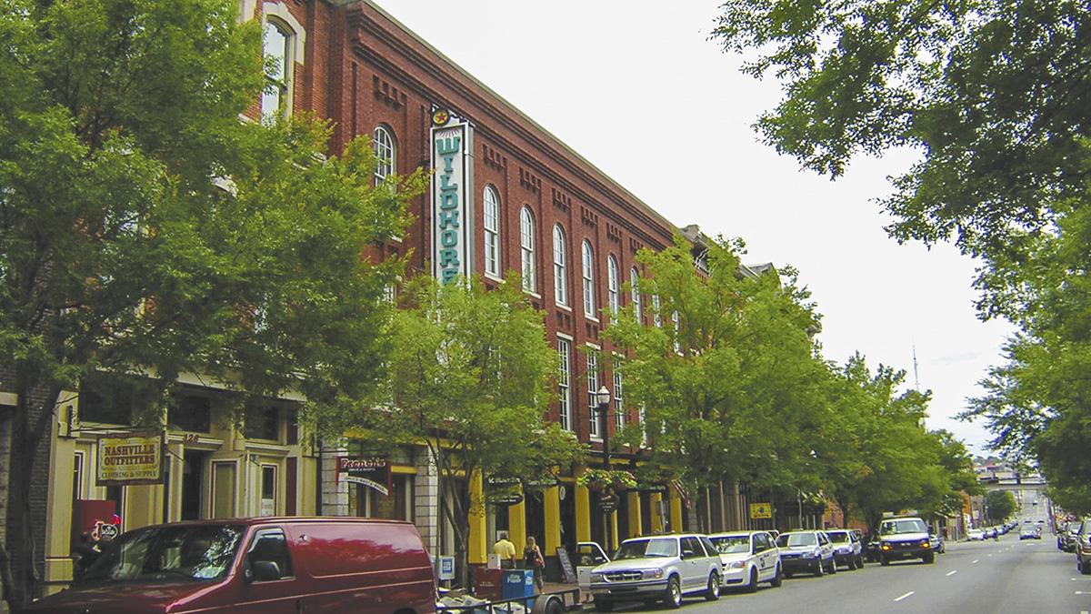 TN_Nashville_SecondAvenueHistoricDistrict_courtesyNashvilleDowntownPartnership_2009_004_sig.jpg