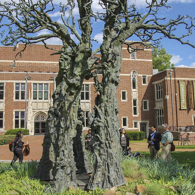 TN_Nashville_VanderbiltUniversity_byCoreySeeman-Flickr_2015_020_Sig_Pioneer.jpg