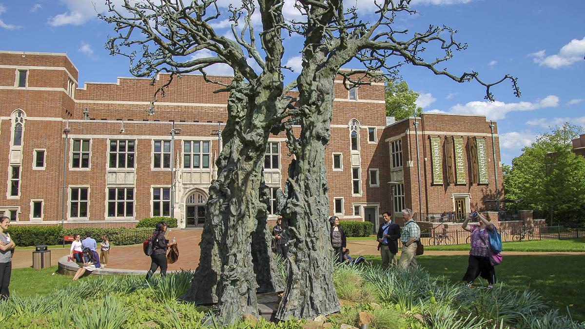 TN_Nashville_VanderbiltUniversity_byCoreySeeman-Flickr_2015_020_sig_001.jpg
