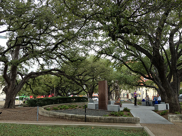 University-of-Texas-Austin4_CharlesBirnbaum2013.jpg